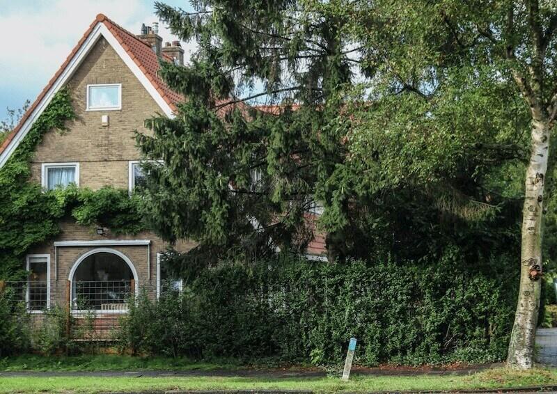 Villa met mooie achtertuin